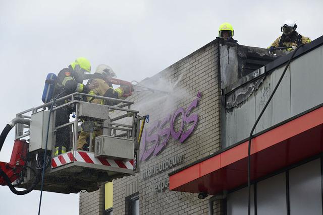 Aalsmeer: Uitslaande brand Molenvlietweg