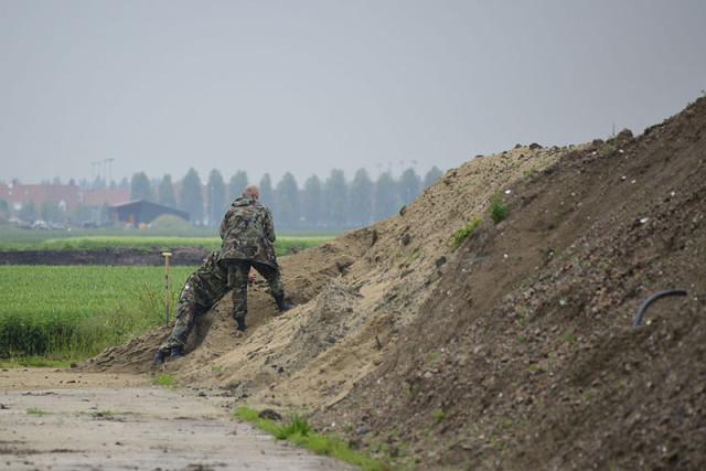 Hoofddorp: EOD laat 9 granaten ontploffen