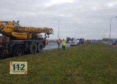 Nieuw-Vennep – Flinke schade op A4 door gevallen keg