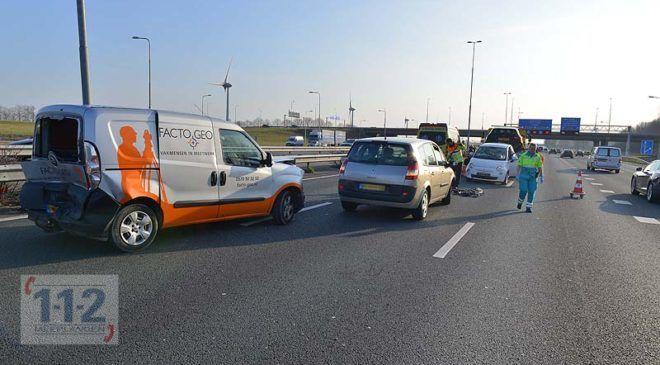Burgerveen – Vier wagens betrokken bij ongeval A4, één gewonde