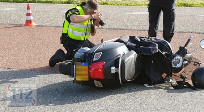 Aalsmeer – Motorrijder gewond na ongeval met bestelwagen