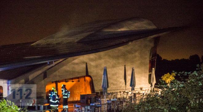 Hoofddorp – Grote brand bij horeca bedrijf in het Haarlemmermeerse bos.
