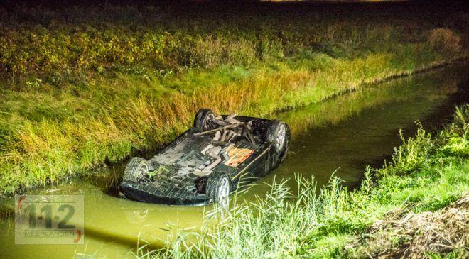 Badhoevedorp – Auto te water op de oprit A9 (Richting Amsterdam)