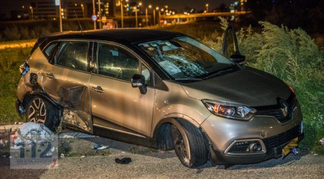 Rozenburg (NH) – Blikschade bij ongeval Beechavenue – Aalsmeerderweg