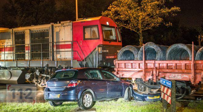 Amsterdam – Ongeval tussen auto en trein