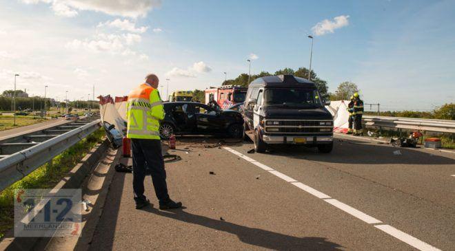 Halfweg – Twee doden bij ernstig ongeval op de A200