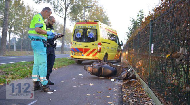 Hoofddorp – Scooterrijdster gewond na frontale aanrijding (N520)