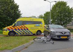 Nieuw-Vennep – Fietsster gewond na aanrijding rotonde Westerdreef
