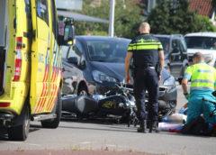 Aalsmeer – Motorrijder gewond na aanrijding met personenwagen