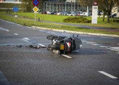Badhoevedorp – Motorriijder gewond bij ongeluk in Badhoevedorp