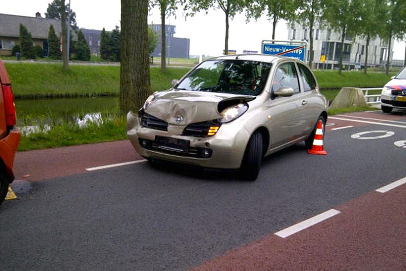 Nieuw vennep ongeval met drie wagens 112meerlanden for Tuincentrum nieuw vennep